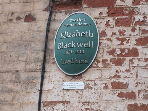Plaque on the wall of the childhood home of Elizabeth Blackwell in Bristol, n.1 Wilson Street.